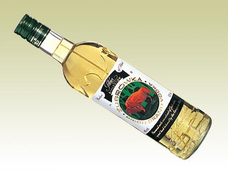 BIENVENUE AUX MEMBRES DE CORPUS FUTUR THRACIENS III Zubrowka-bison-grass-vodka-af9581